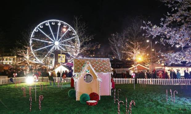 ferris-wheel-christmas-market1